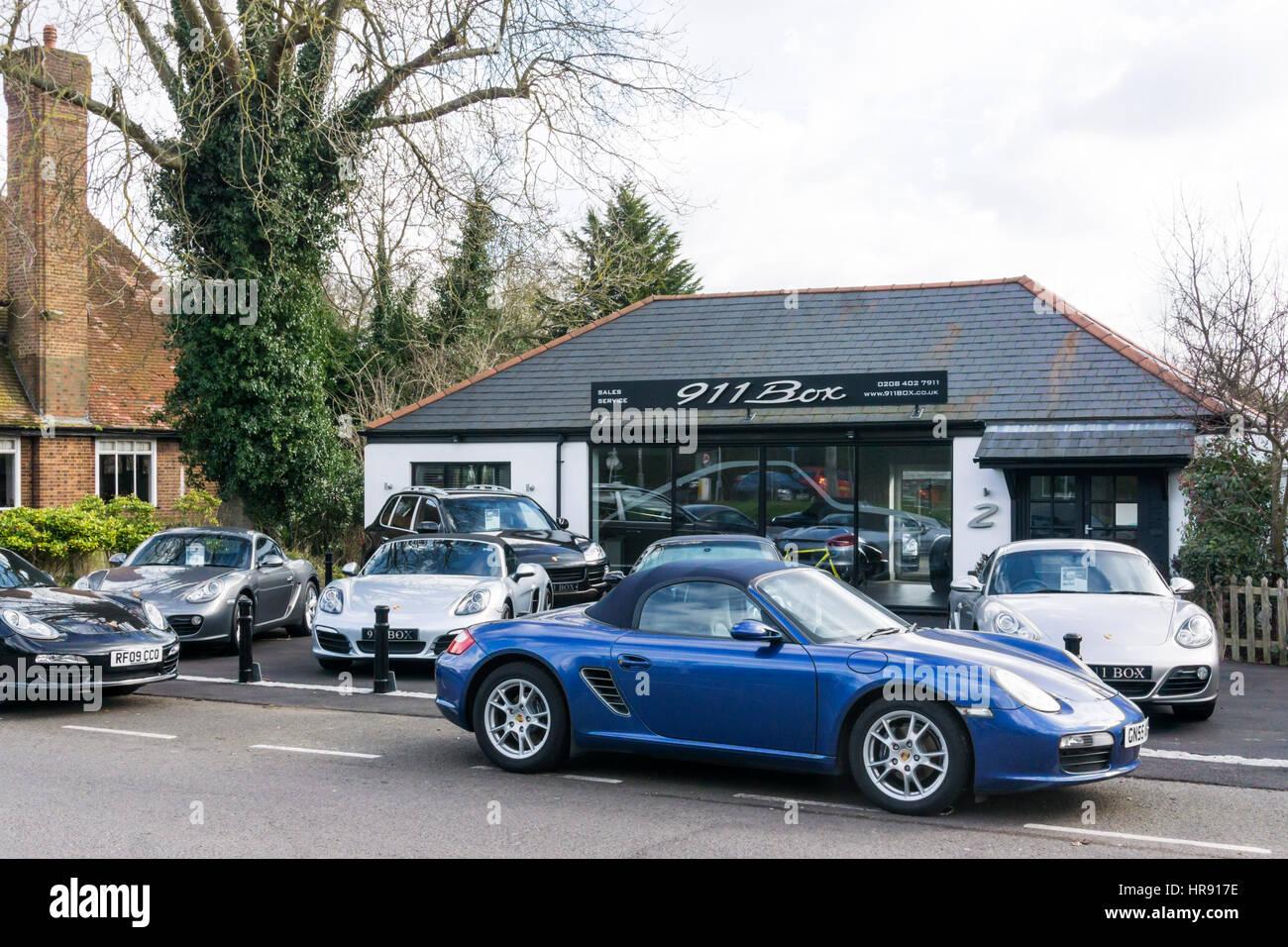 Porsche Dealer Stock Photos & Porsche Dealer Stock Images - Alamy