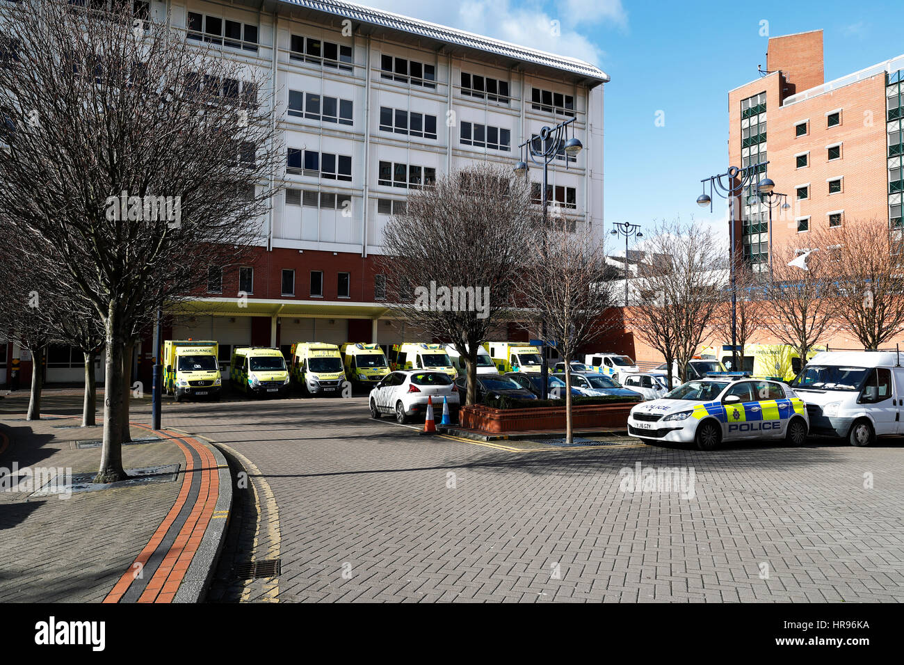 Accident and Emergency department building Leeds General Infirmary with Ambulance's standing outside. - Stock Image