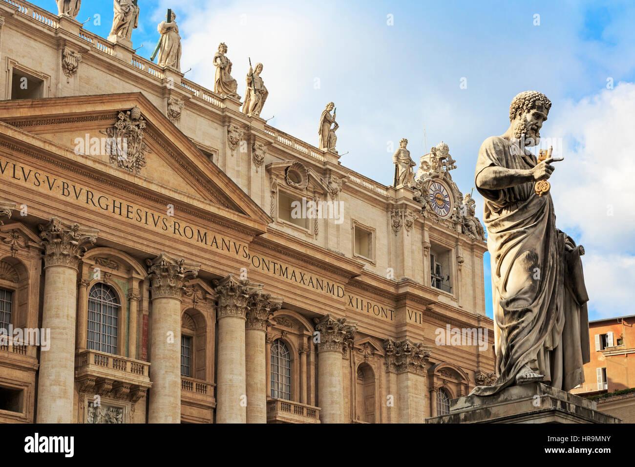Papal balcony at Saint Peters Basilica, Vatican, Rome, Italy - Stock Image
