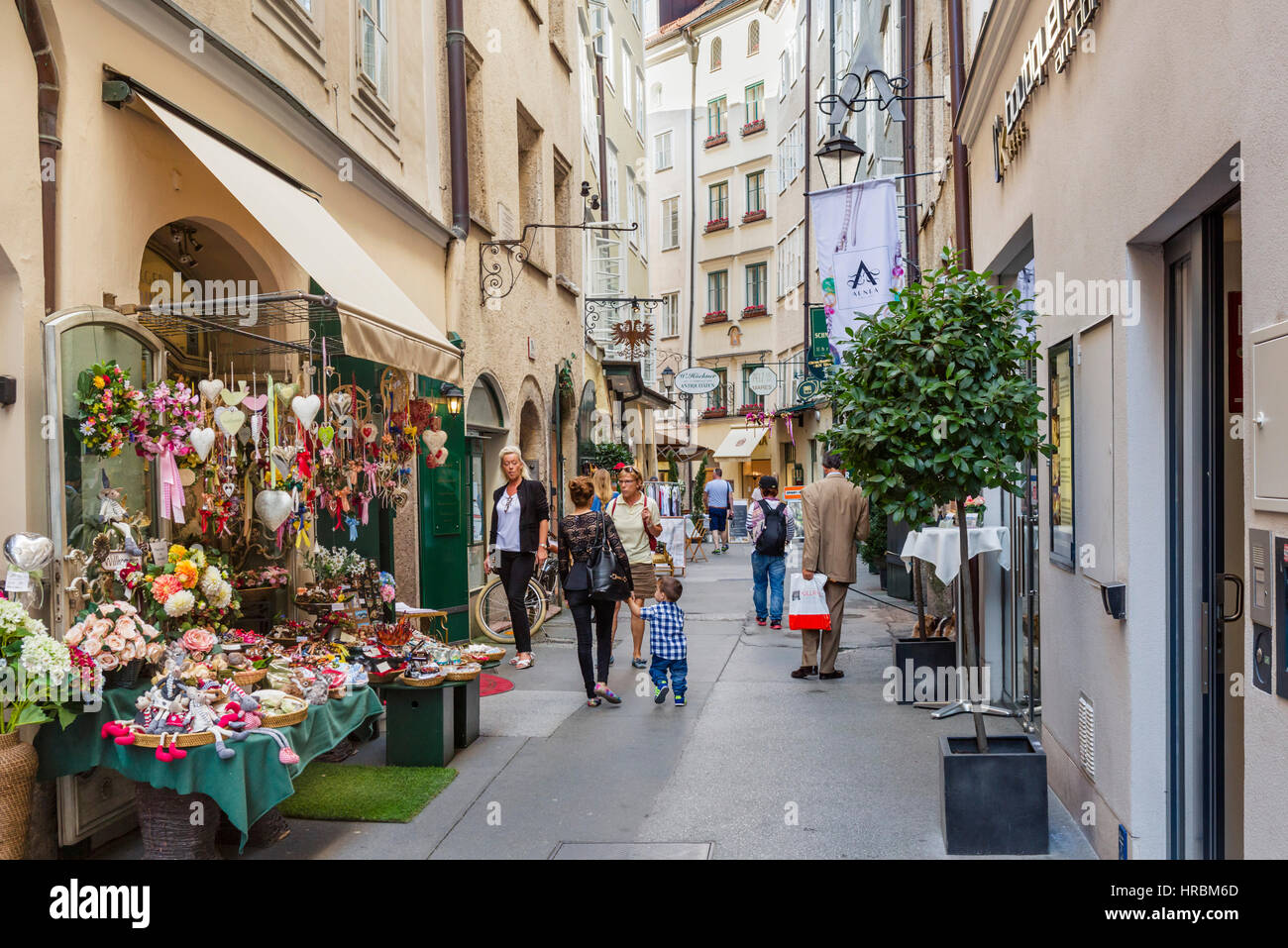 Salzburg Old Town. Shops On Goldgasse In The City Centre Salzburg Stock Photo 134866997 - Alamy