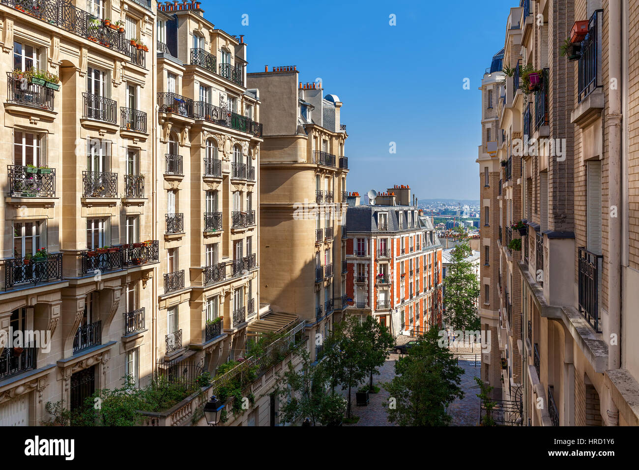 View of residential buildings on Montmartre in Paris, France. - Stock Image