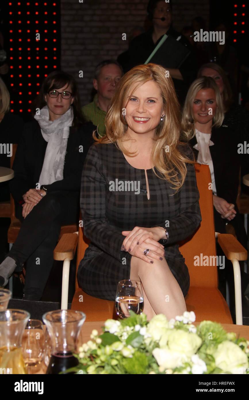 Celebrities at '3 nach 9' Talkshow.  Featuring: Michaela Schaffrath Where: Bremen, Germany When: 27 Jan 2017 Stock Photo