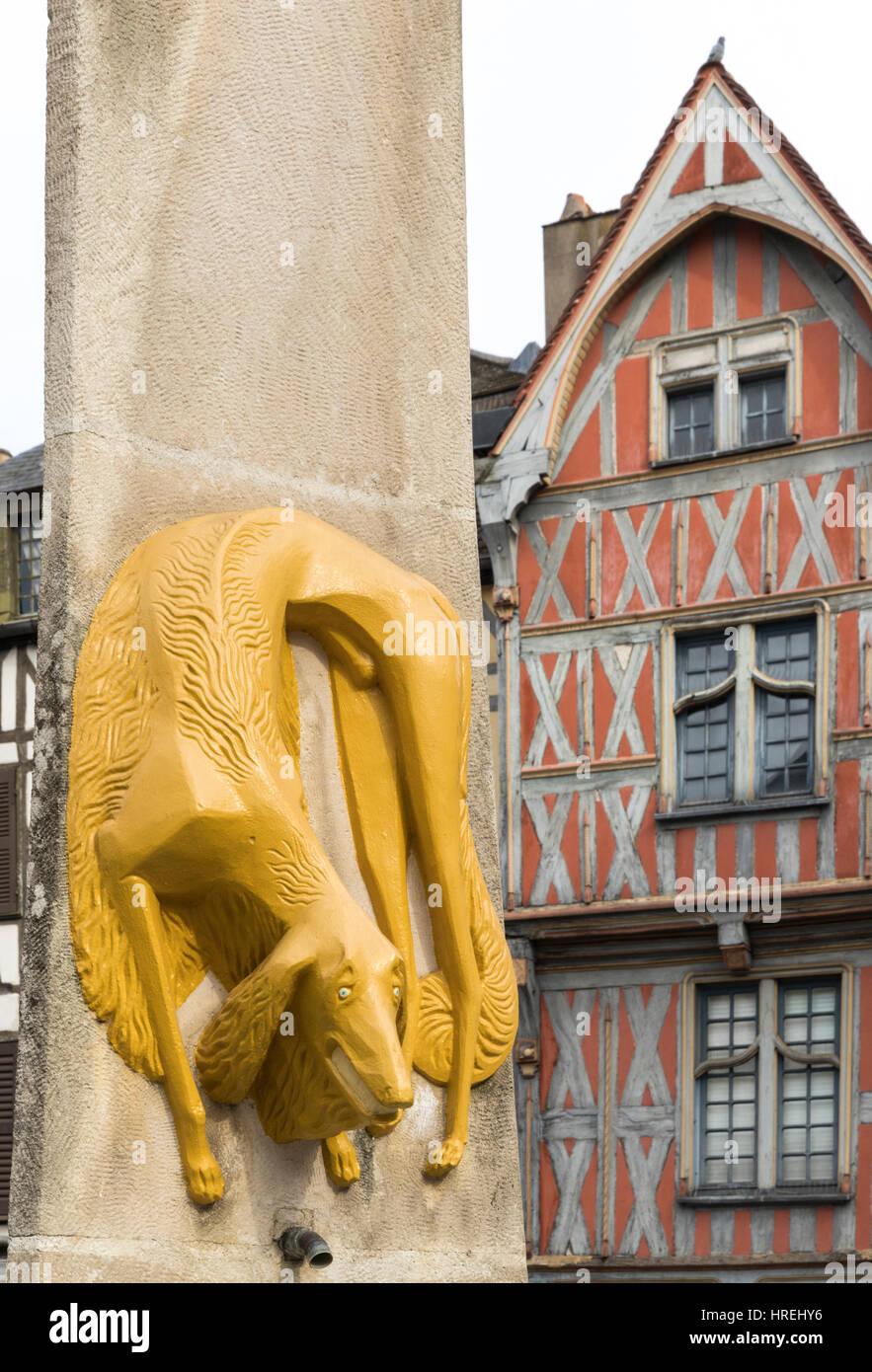 Fountain and Half-timbered house, Auxonne, Burgundy, France - Stock Image