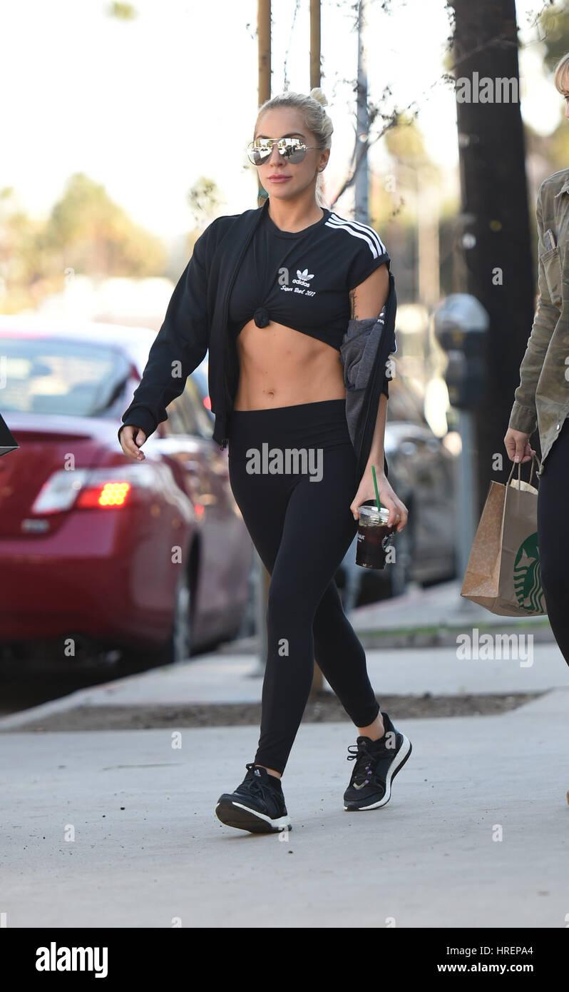 b854c0dbd3f4a Lady Gaga gets some coffee drinks at Starbucks with a friend Featuring  Lady  Gaga Where  Los Angeles