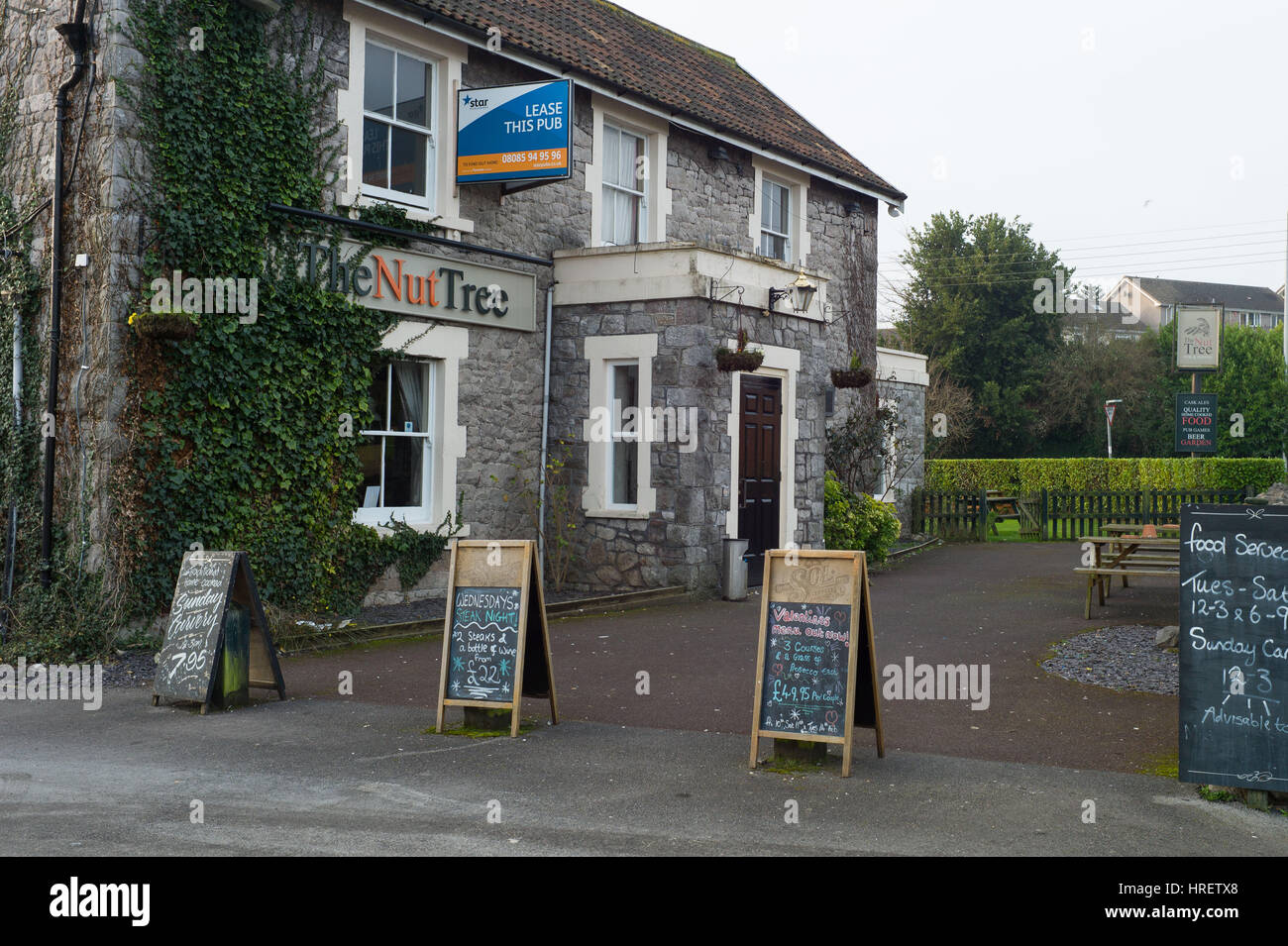The Nut Tree Public House in Worle, Weston-Super-mare England, closed and lease for sale. - Stock Image