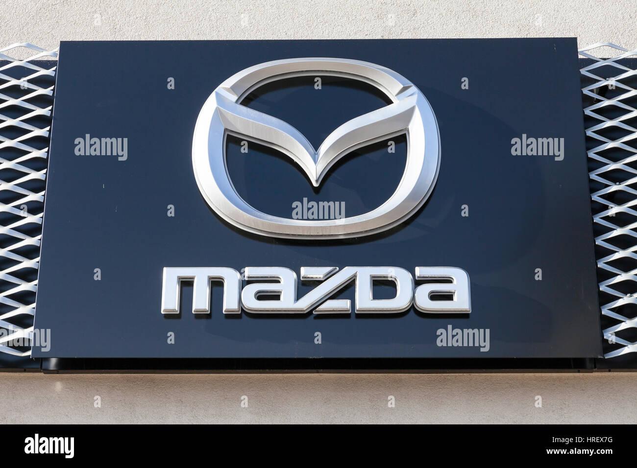 VIENNA, AUSTRIA, FEBRUARY 9TH, 2018 - MAZDA Austria celebrates a brand new SUV car to introduce to the market - Stock Image