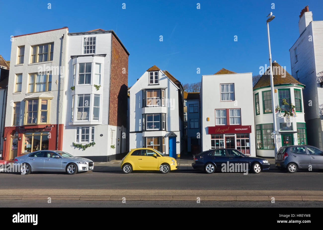 Seaside Architecture, Cafes and Restaurants on Hastings Seafront, East Sussex, Seaside Resort, England, UK, GB - Stock Image
