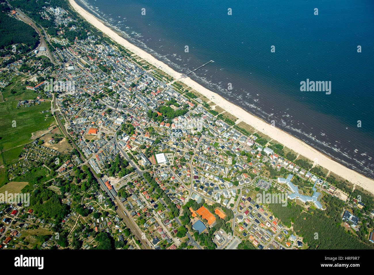 Seaside resort Ahlbeck with beach, Heringsdorf, Usedom Island, Baltic Sea, Mecklenburg-Western Pomerania, Germany - Stock Image
