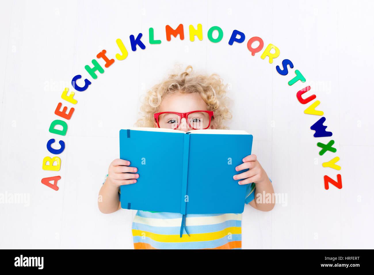 English Class At Kindergarten Child Stock Photos & English Class At ...
