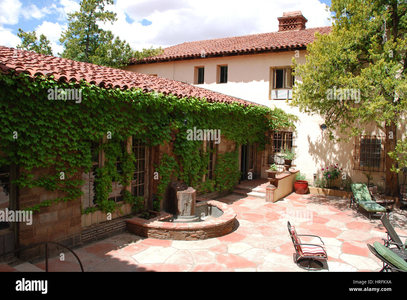 Window at garden La Posada Hotel, Winslow, AZ USA - Stock Image