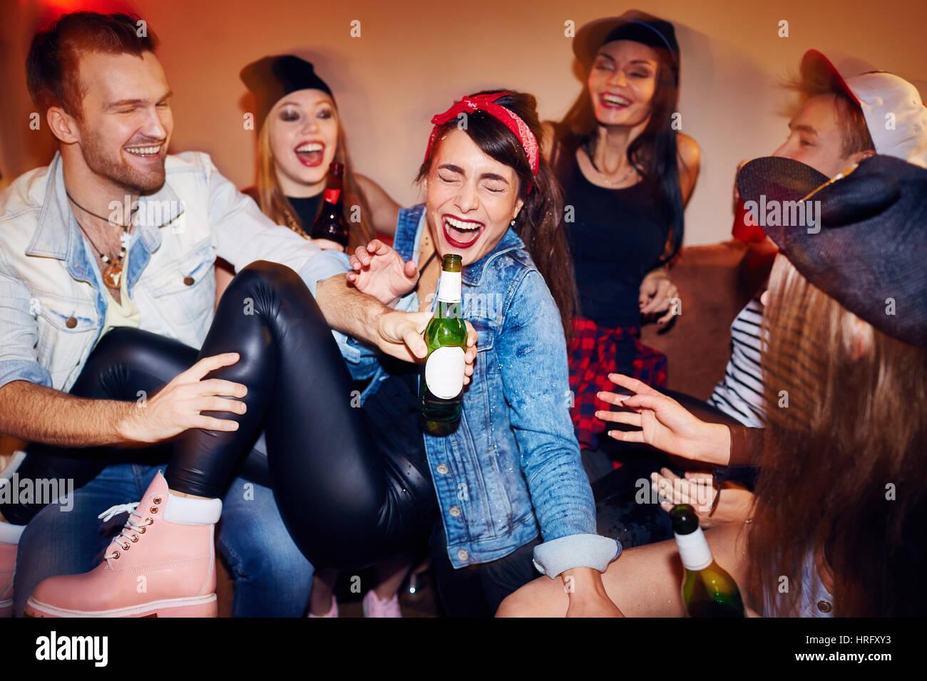Längste Videos nach Tag: fick party