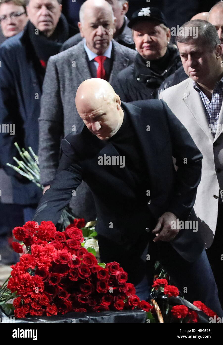 Moscow, Russia. 2nd Mar, 2017. Russian Wrestling Federation President Mikhail Mamiashvili pays last respects to - Stock Image