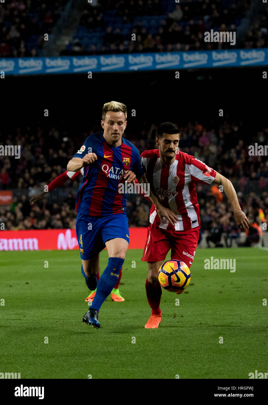 Camp Not Stadium, Barcelona, Spain. 1st March, 2017. Sergio and Rikitic fight the ball at Camp Nou Stadium, Barcelona, - Stock Image