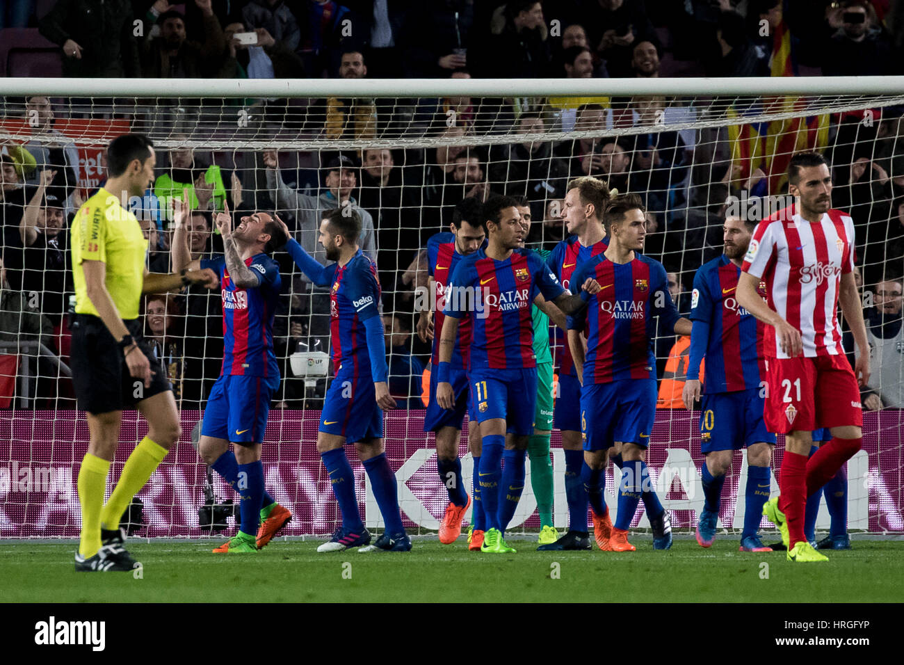 Camp Not Stadium, Barcelona, Spain. 1st March, 2017. Paco Alcacer celebrates the goal at Camp Nou Stadium, Barcelona, - Stock Image