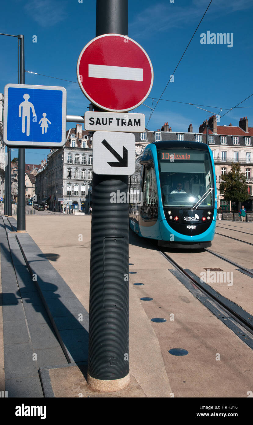 Street signs for NO ENTRY PEDESTRIANS and SAUF TRAM on Bridge Pont Battant in Besancon France - Stock Image