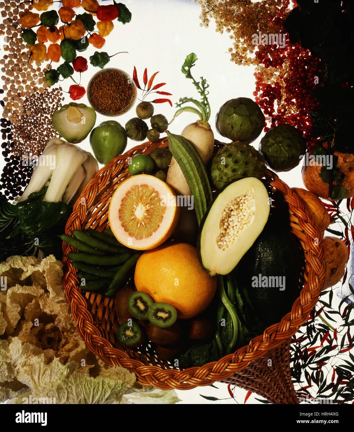 Cornucopia of exotic fruit and vegetables - Stock Image