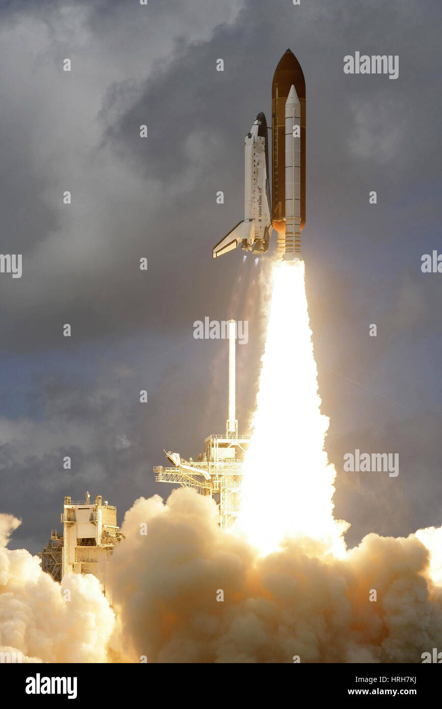 STS-120, Space Shuttle Discovery Launch, 2007 - Stock Image