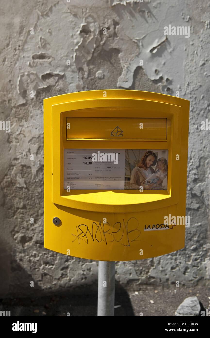 Briefkasten, Italien - post box, Italy Stock Photo