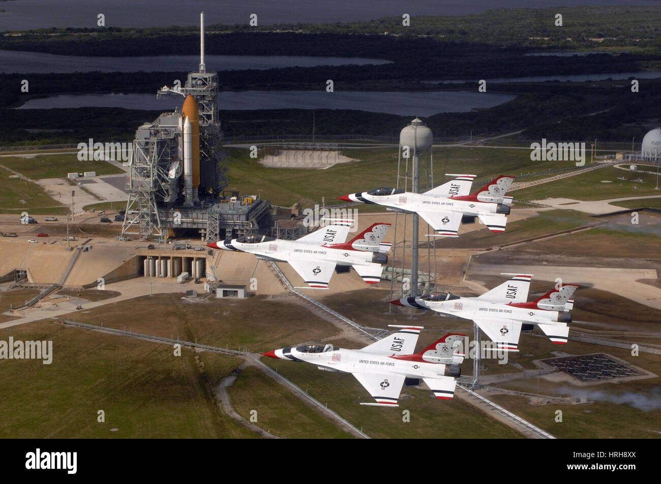 Thunderbirds fly past Endeavour - Stock Image