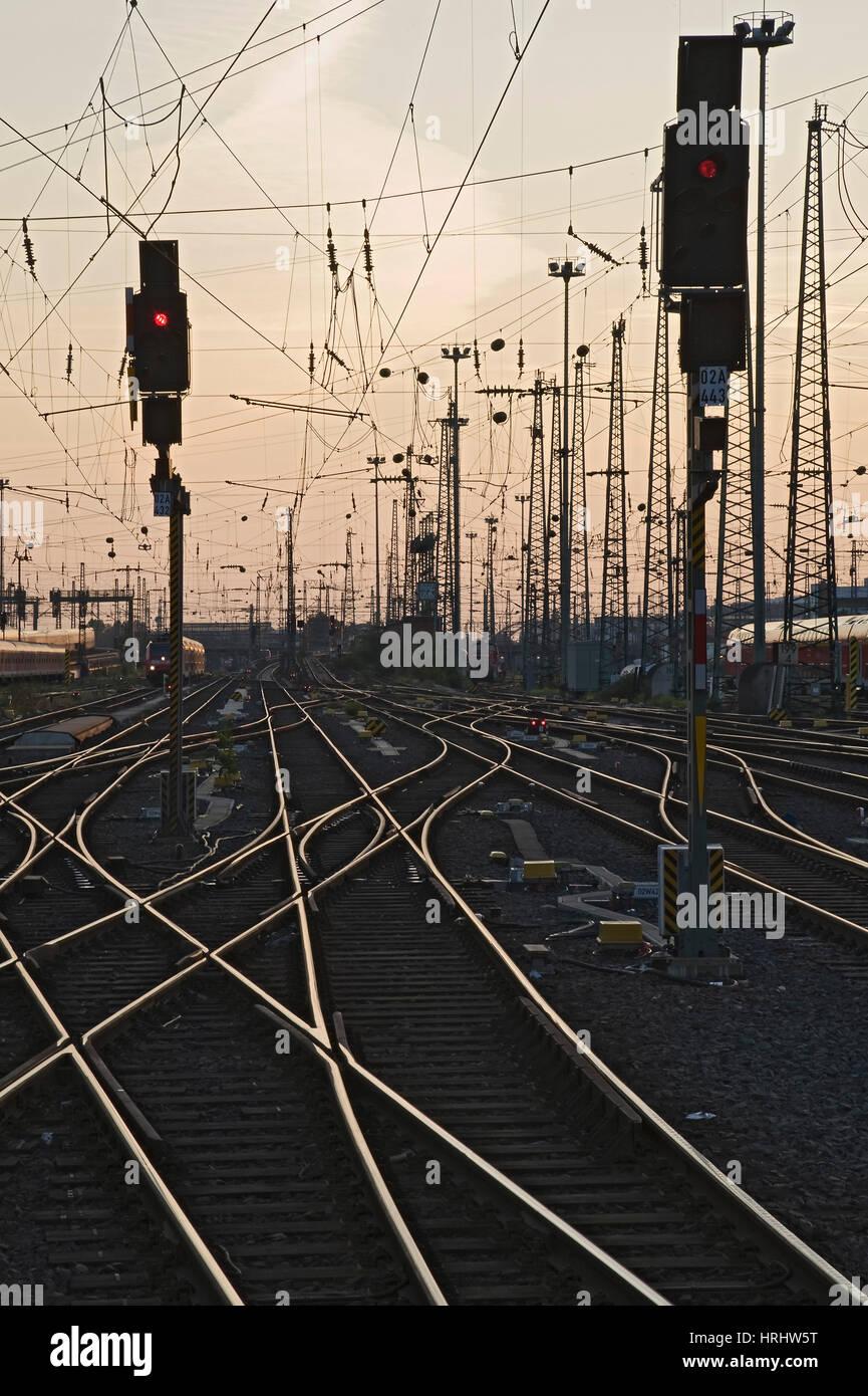 Tracks at main station, Frankfurt, Hesse, Germany - Stock Image