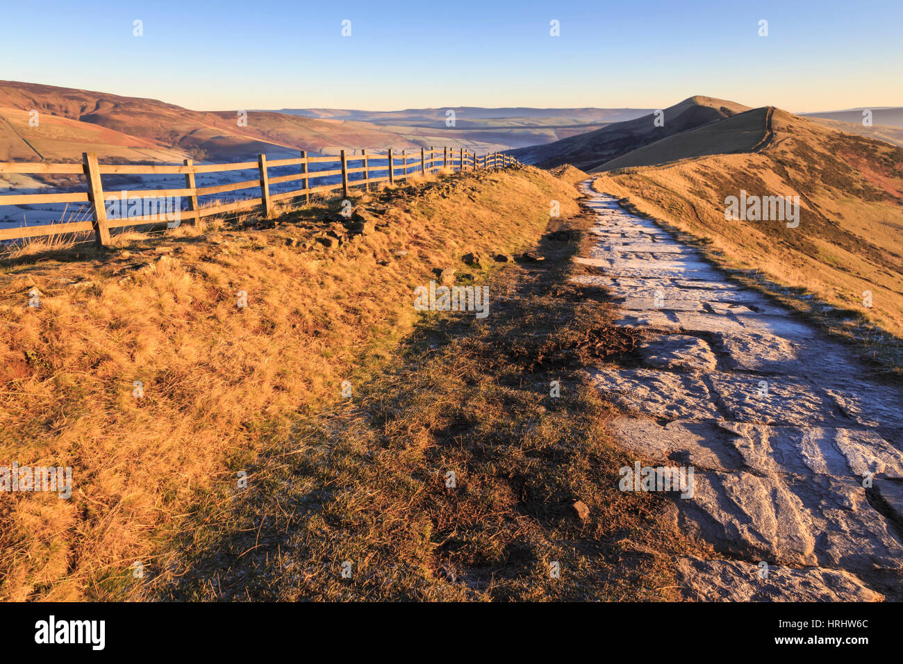 Frosty morning, Great Ridge, Hollins Cross to Mam Tor, Edale Valley, Castleton, Peak District National Park, England, - Stock Image