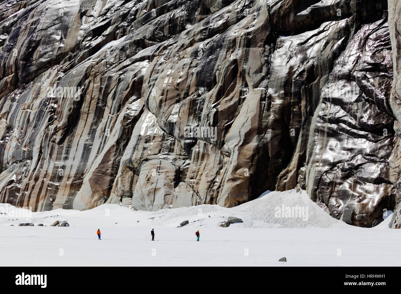 Vallee Blanche off piste ski tour, Chamonix, Rhone Alpes, Haute Savoie, French Alps, France - Stock Image
