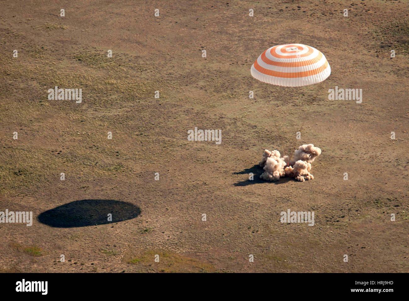 Soyuz TMA-20 Landing - Stock Image