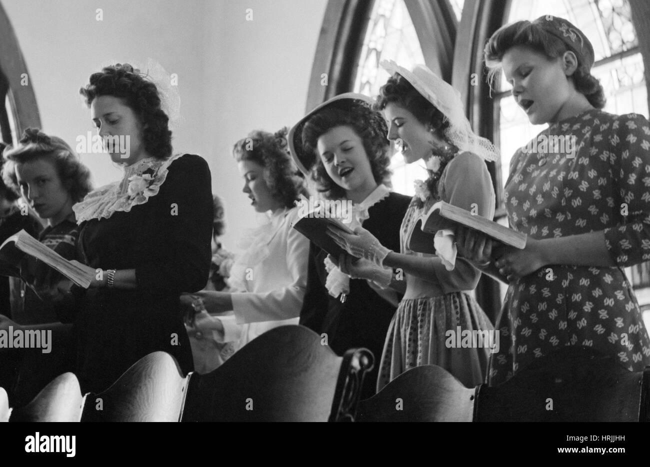 Easter Sunday Choir, 1943 - Stock Image