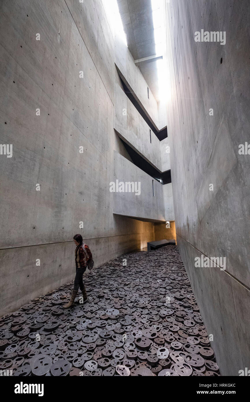 Memory Void containing work 'Fallen Leaves' by artist Menashe Kaddishman at Jewish Museum , in Berlin, Germany - Stock Image
