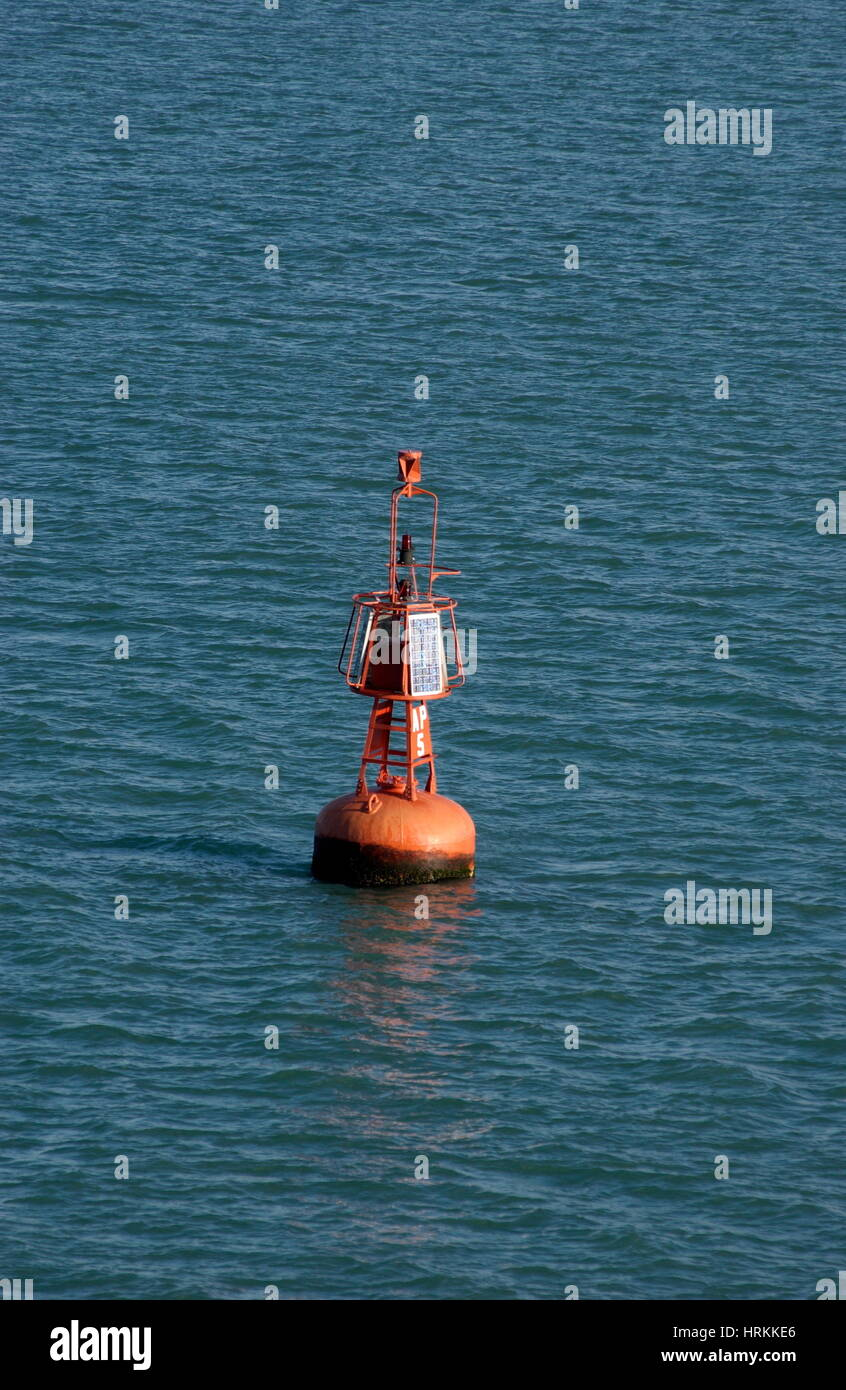 AJAXNETPHOTO. DECEMBER 2009. DUNKERQUE, FRANCE. - CHANNEL MARKER - PORT HAND BUOY IN FAIRWAY ENTRANCE TO FERRY AND - Stock Image