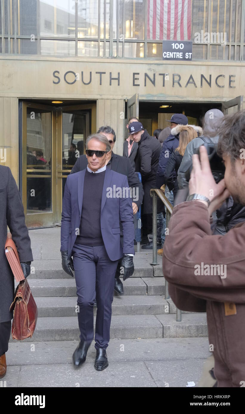 Lloyd Klein attends a Manhattan Court for the case against Jocelyn Wildenstein  Featuring: Lloyd Klein Where: Manhattan, Stock Photo