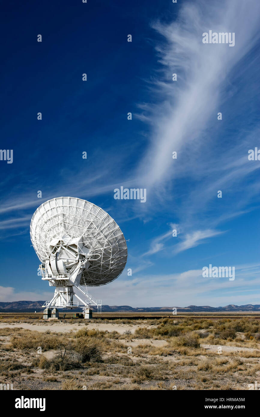 Radio Telescope, Very Large Array (VLA), near Magdalena, New Mexico USA - Stock Image