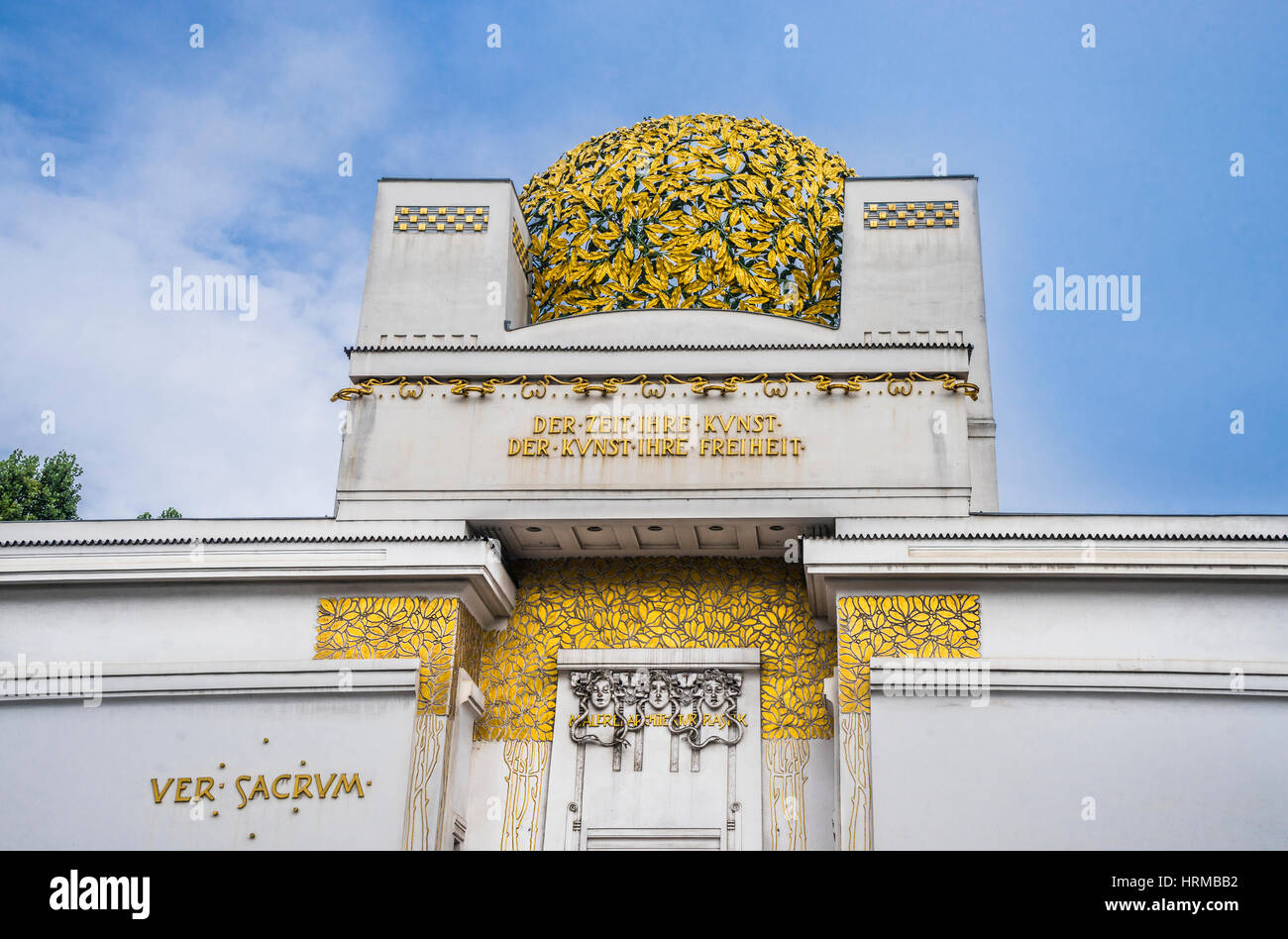 Austria, Vienna, view of the Art Nouveau Secession building with its characteristic gilded laurel dome - Stock Image