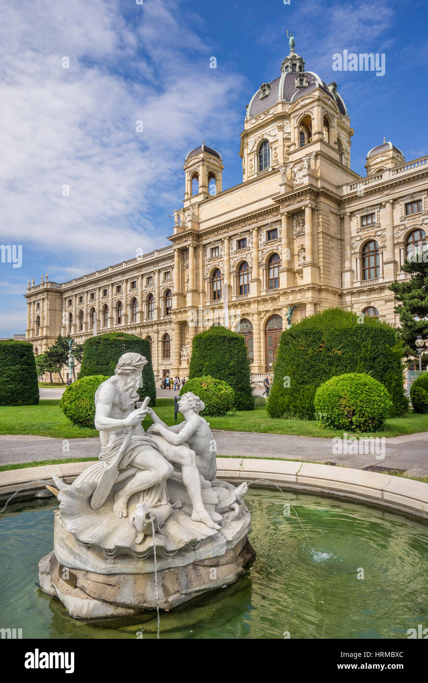 Austria, Vienna, Maria-Theresien-Platz, Triton and Naiads Fountain against the backdrop of the  Natural History - Stock Image