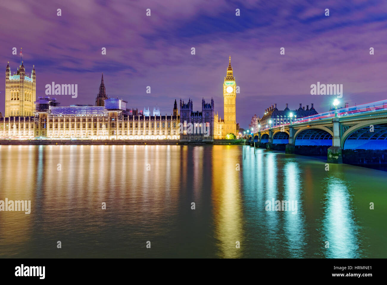 Night view of the River Thames and the Houses Parliament - Stock Image