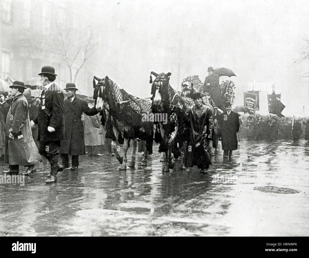 the triangle shirtwaist company of 1911 essay The triangle factory fire of 1911 dbq is intended for grade 8 michael t watson mulberry middle school student instructions: analyze the documentary evidence that is provided for you to answer the specific questions.