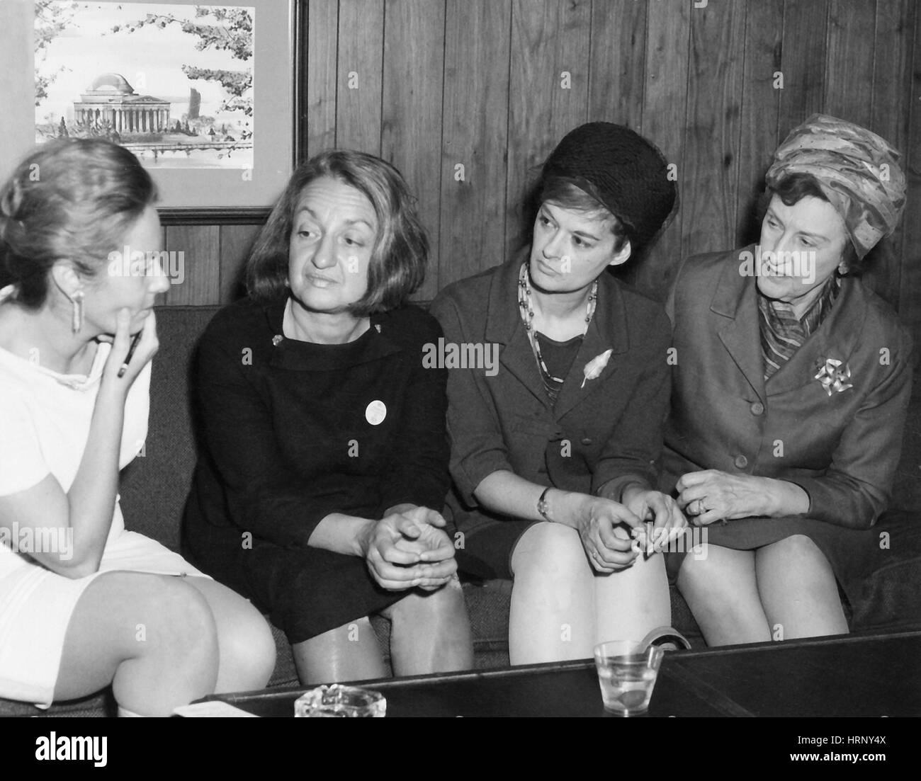 Betty Friedan and Feminist Activists, 1968 - Stock Image