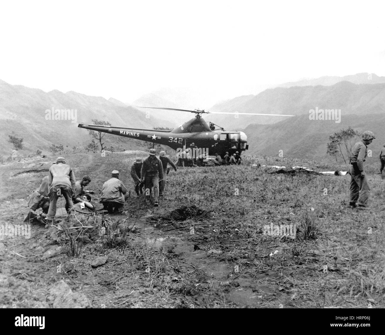 Korean War, Evacuation via Helicopter, 1951 - Stock Image