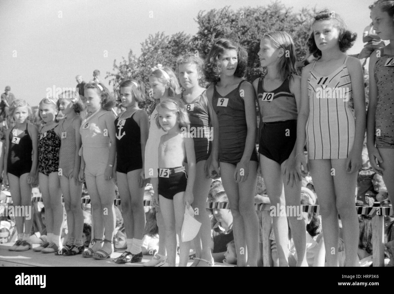 Junior Entries, July 4th Beauty Contest, 1940 - Stock Image
