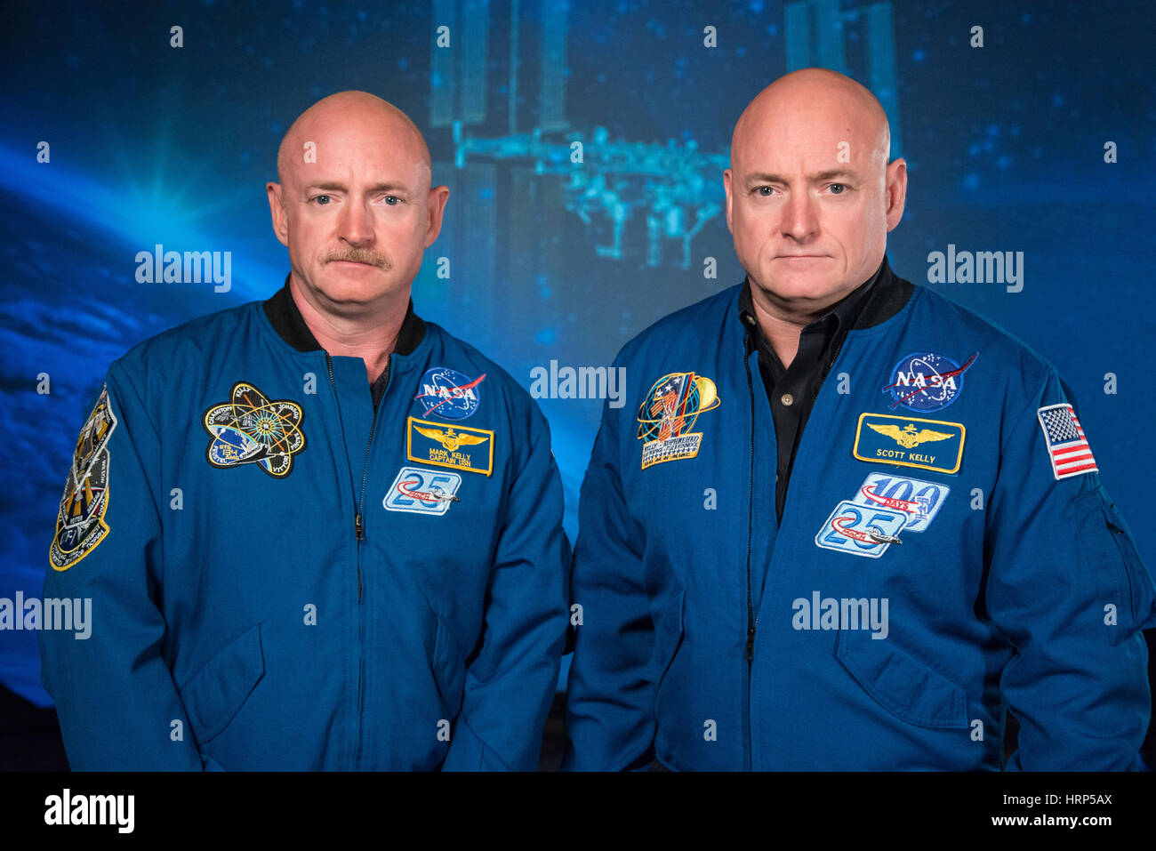 NASA Expedition 45/46 Commander, Astronaut Scott Kelly along with his brother, former Astronaut Mark Kelly at the - Stock Image