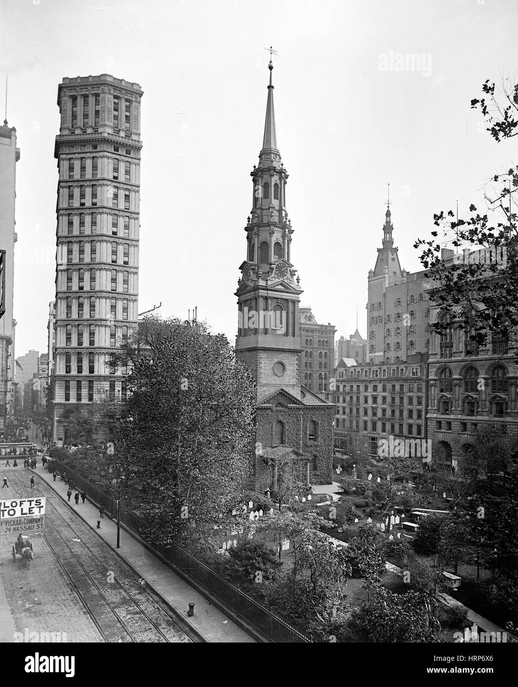 NYC, St. Paul Building and Episcopal Chapel, 1901 - Stock Image