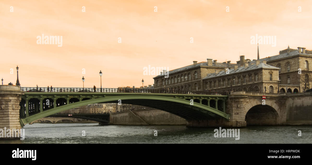 Beautiful scene in early afternoon - Pont au Change, Seine River, Paris - Stock Image