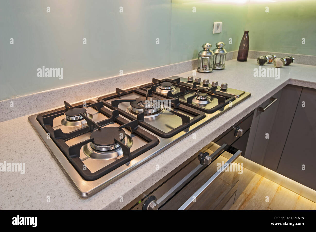 Interior design decor of kitchen in luxury apartment with gas cooker ...