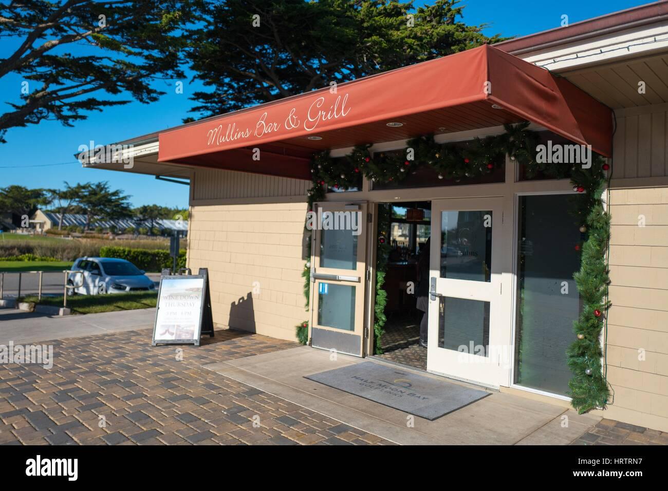 Mullins Bar and Grill, on the Half Moon Bay Golf Links, Half Moon Bay, California, December 29, 2016. - Stock Image