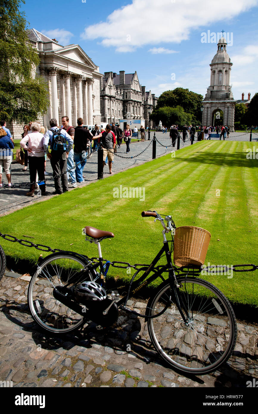 Parliament Square. Trinity College. University of Dublin. Dublin. Ireland. Europe. - Stock Image