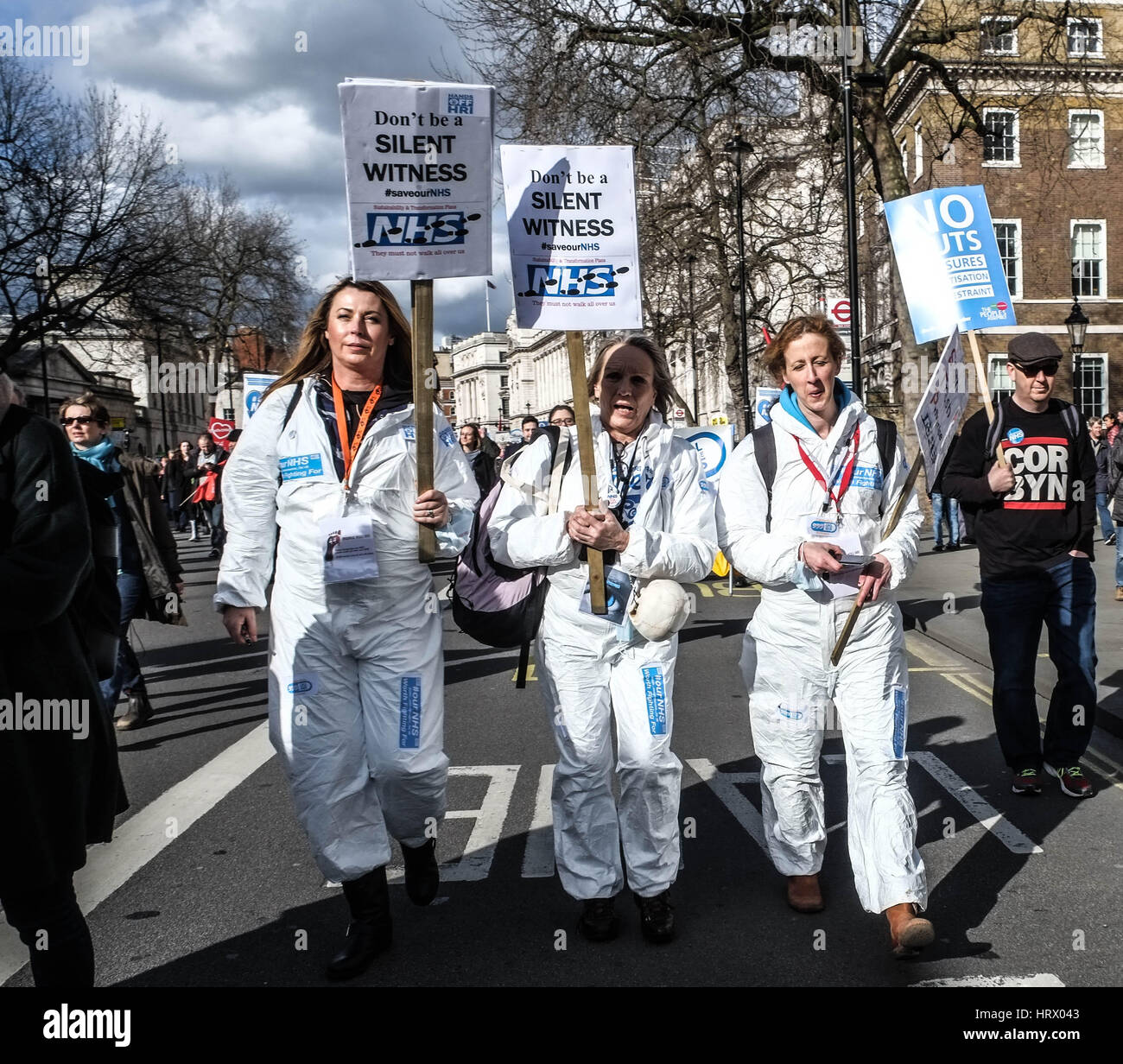 London, UK. 4th March, 2017. Thousands of protesters march from Tavistock Square to Parliament to demonstrate against - Stock Image