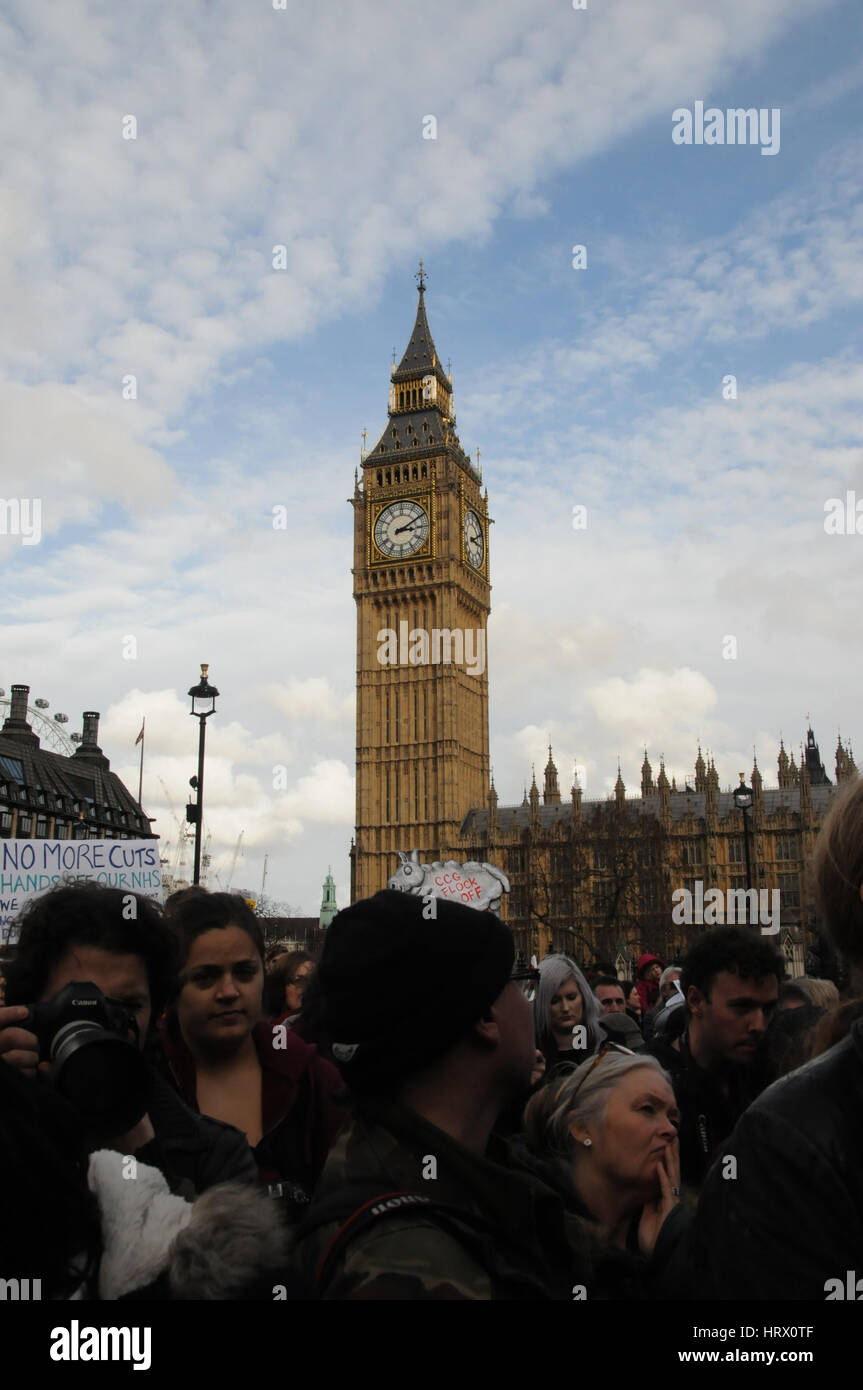 London, UK. 04th Mar, 2017. Thousands mass around parliament, to protest at the government's cuts to the NHS - Stock Image