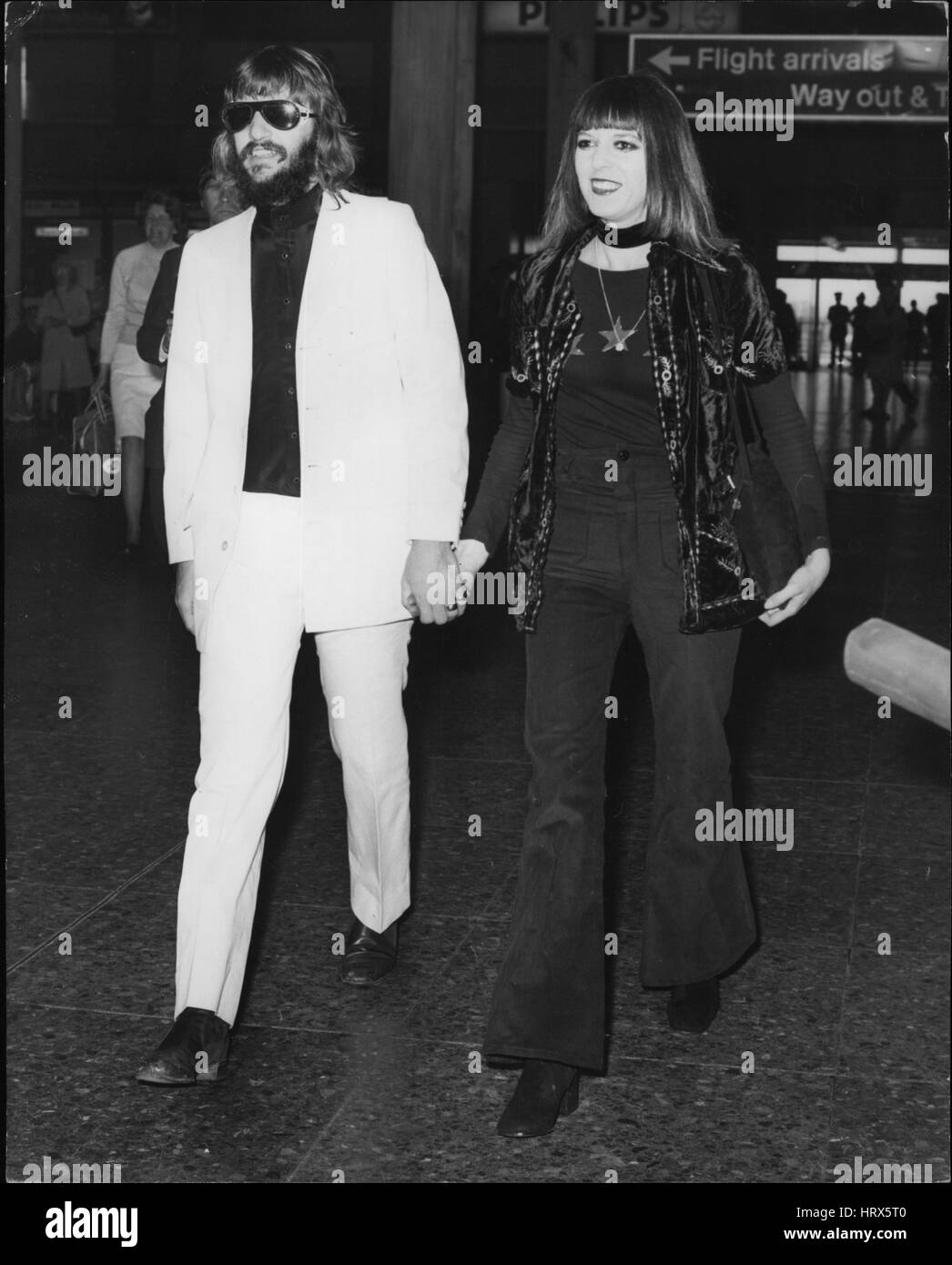 May 05, 1971 - Ring Starr Leaves For Wedding Of Mick Jagger: Photo shows Beatle Ringo Starr and his wife, Maureen, - Stock Image