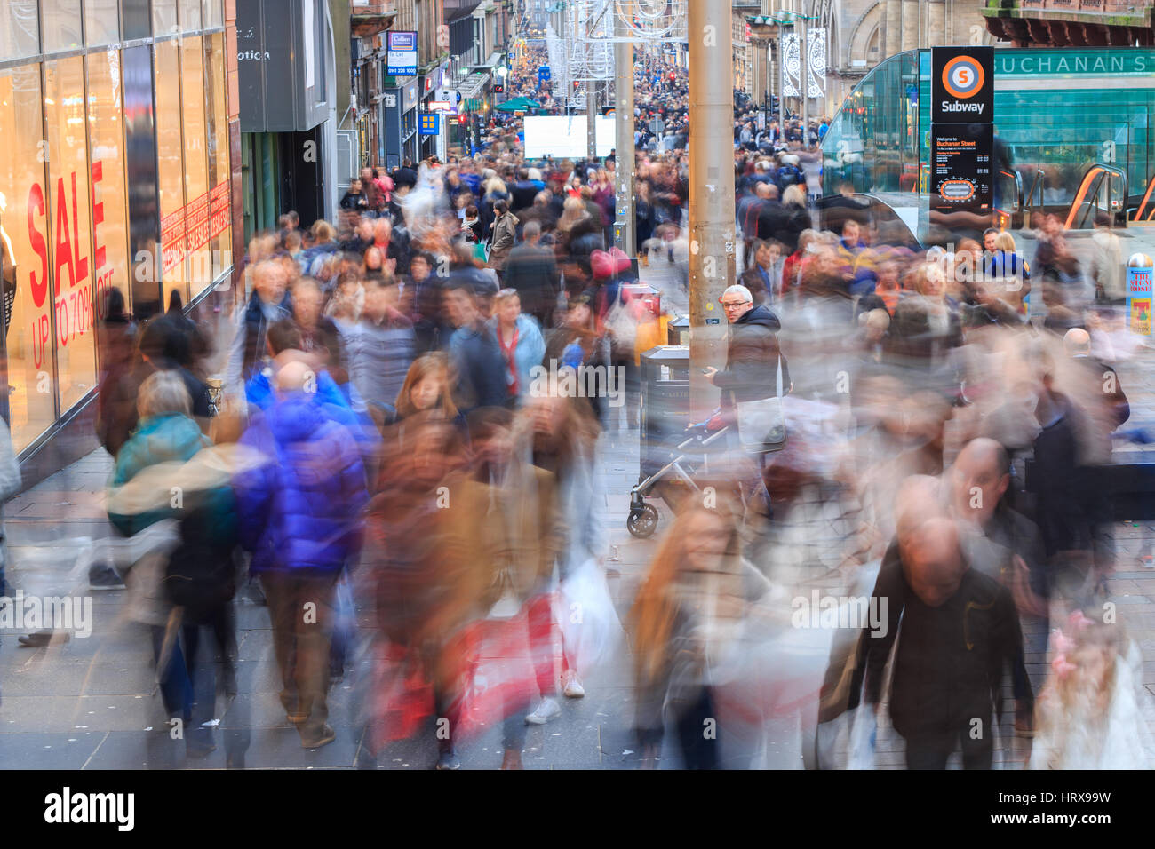 Busy streets of Glasgow Scotland - Stock Image