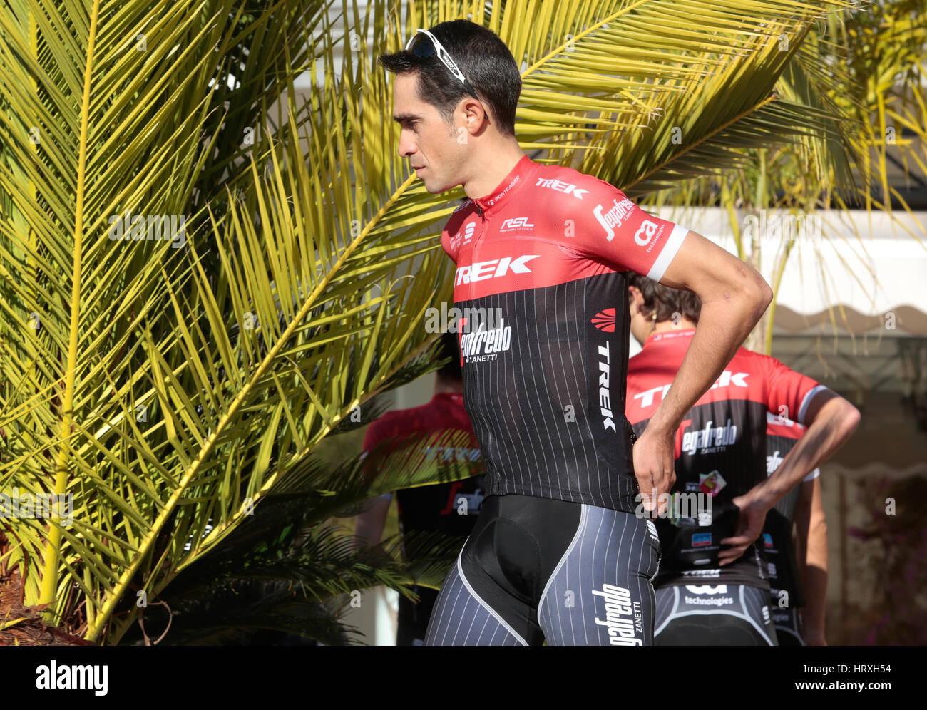 1e5f897ff Alberto Contador pose with his new team jersey Trek Segafredo before a training  session in the